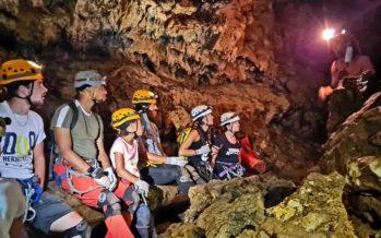 On a testé pour vous : Le tunnel de lave de Bassin bleu pour explorer les entrailles de l'île